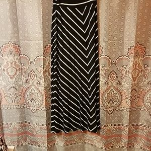 Black & White Spandex Skirt